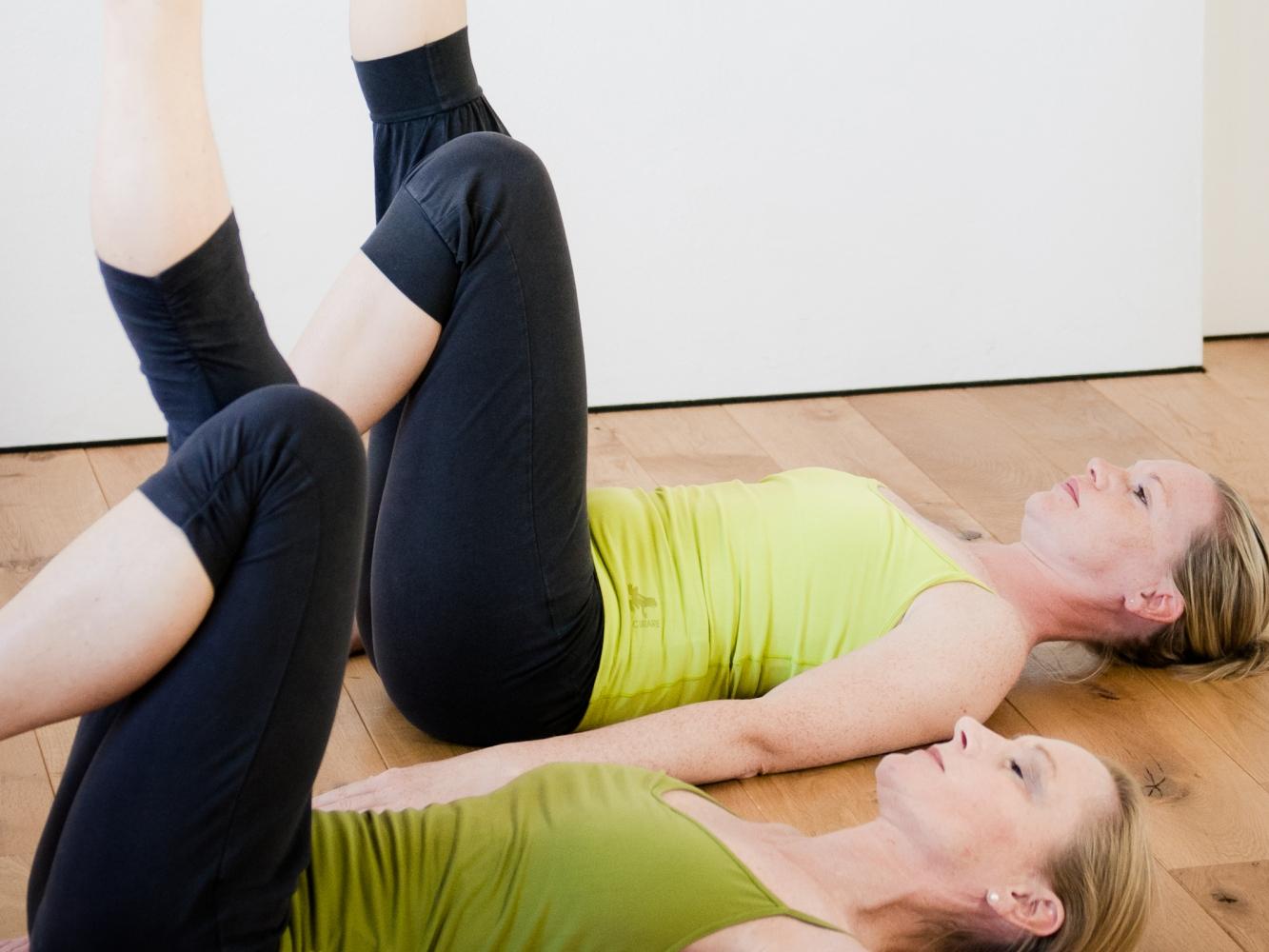 hormon yoga wellen der schönheit dynamisch